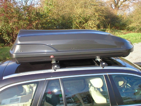 Fabbri 460 medium size roof box