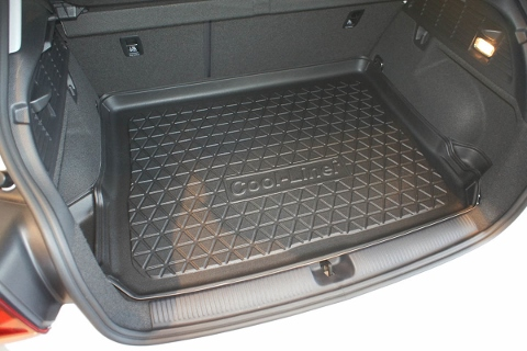 boot liner audi q2 2016 tailored premium cool liner carbox. Black Bedroom Furniture Sets. Home Design Ideas